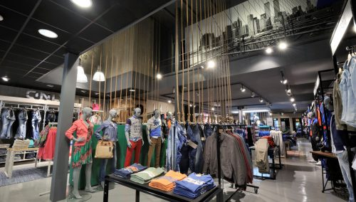 Stout! Jeans, Raalte: Successful Dutch Interior design fashion