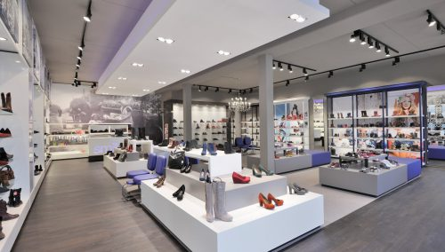 Smit Shoes: Design new shoe store