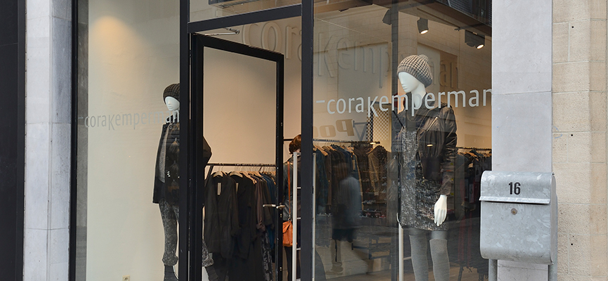 6e21a68d4f435 Retail design Cora Kemperman by WSB-shopfitting