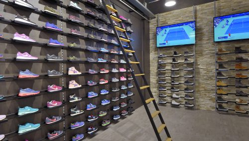 Daka Intersport Rotterdam   Retail Design Sport Shop b2e40bb8ee0
