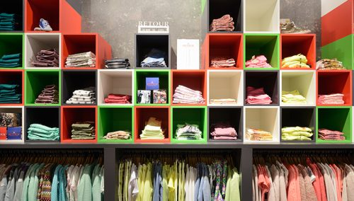 Retail design for Retour Jeans Denim deluxe in Batiaviastad