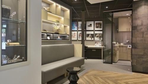 Kaasschieter Audiology: Store design hearing care specialist