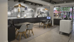 Trendy shopdesign for Beeks Oog en Oor te 's-Gravenzande