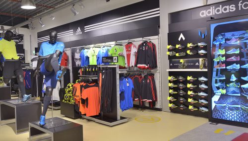 Shopfitting Intersport Van den Bergh