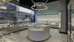 Bijouterie Laurent: Retail design of jewelry shop